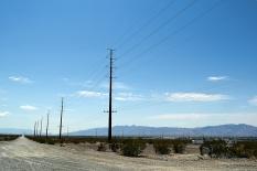 lonely-desert-road