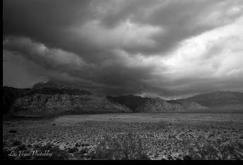 stormy-redrock-canyon