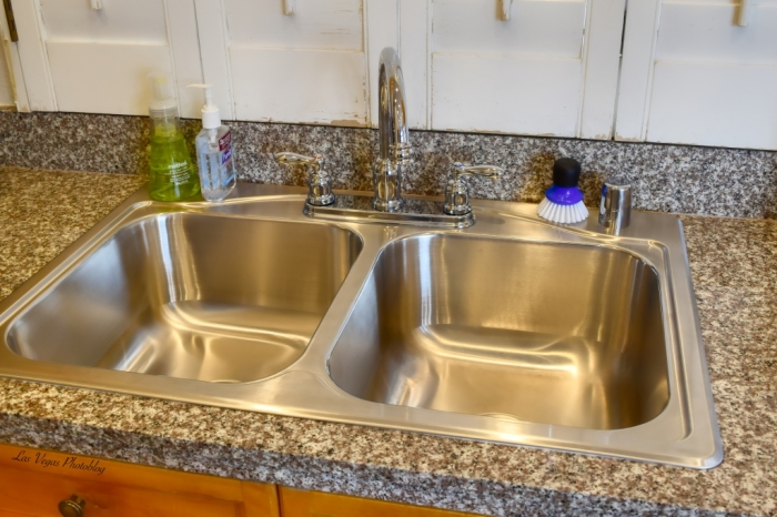 Finally, The New Kitchen Sink! – Las Vegas Photoblog