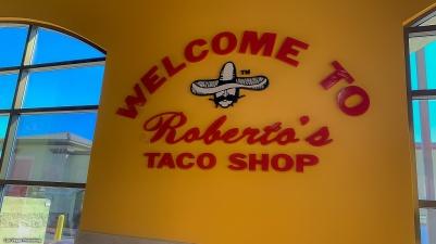 Roberto's logo