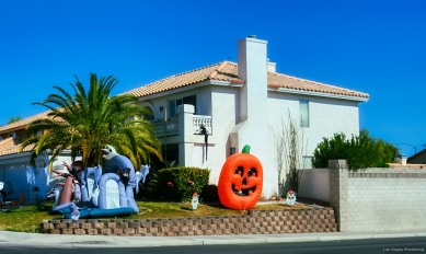 Fun halloween decor at this home every year